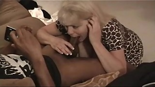 BBC SLUT WIFE TAYLOR BLACKED SUCKS A YOUNG ONE