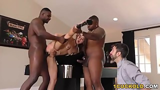 Cuckold Sessions - Anal Slut Riley Reid Takes Black Dick