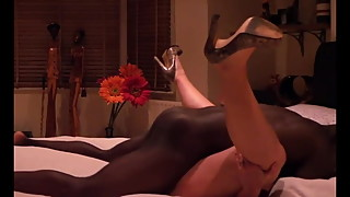 Round Booty Dark Black Bull makes hotwife cum twice